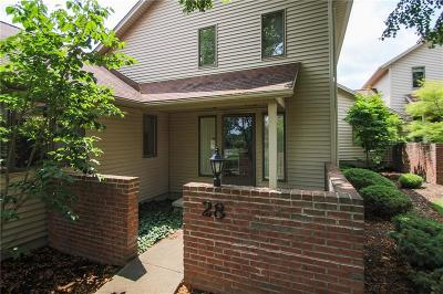 Pittsford Condo/Townhouse A-Active: 28 Greenwood Park