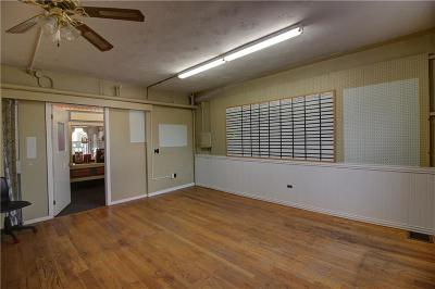 Commercial Lease A-Active: 9-27 - Suite 201 East Main Street
