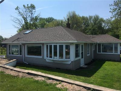 Single Family Home A-Active: 46 East Wautoma Beach Road