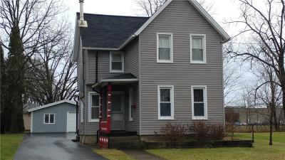 Single Family Home C-Continue Show: 25 Pearl St