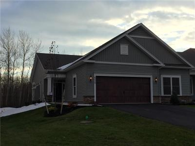 Canandaigua, Canandaigua-city, Canandaigua-town Condo/Townhouse A-Active: 4029 St. James Parkway #901