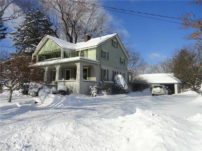 Single Family Home C-Continue Show: 86 East Main Street
