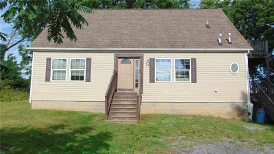 Fayette NY Single Family Home A-Active: $119,900