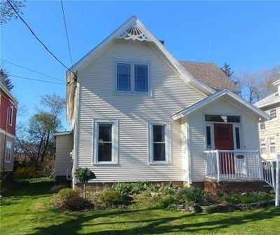 Single Family Home For Sale: 51 Maple Avenue