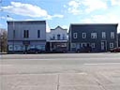 Commercial Lease For Lease: 101 Main Street