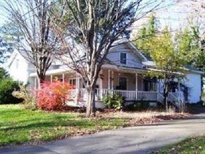 Portland Single Family Home A-Active: 6742 Rte 5 Highway
