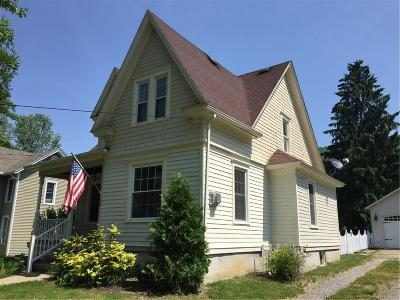 Single Family Home A-Active: 28 Cottage Street