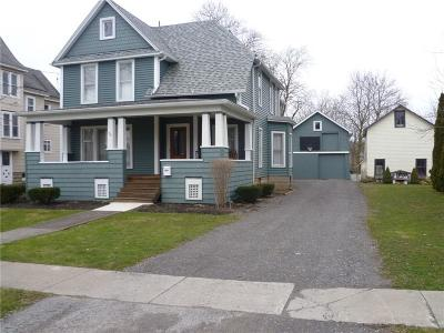 Genesee County Single Family Home C-Continue Show: 26 Webber Avenue