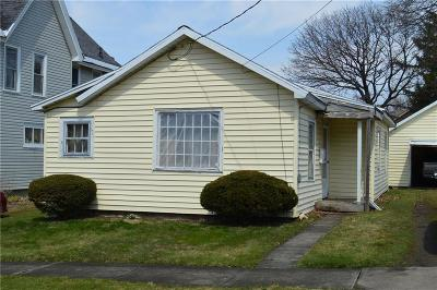 Jamestown Single Family Home C-Continue Show: 37 Linden Avenue