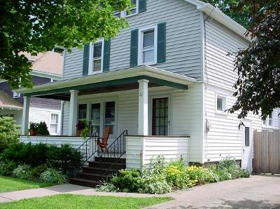 Single Family Home Sold: 61 Cushing Street