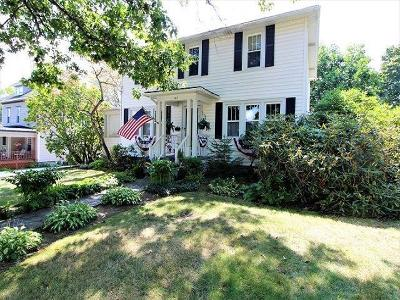 Single Family Home P-Pending Sale: 147 South Erie Street