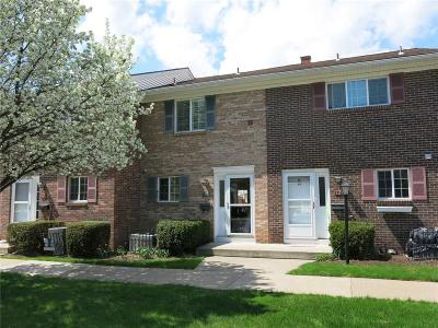 Canandaigua, Canandaigua-city, Canandaigua-town Condo/Townhouse A-Active: 13 Holiday Harbour