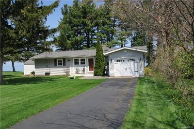 Niagara County Single Family Home P-Pending Sale: 9181 Somerset Drive