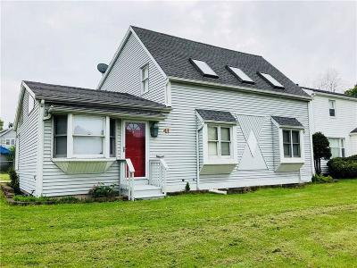 Rochester Single Family Home A-Active: 41 Harbor View Terrace