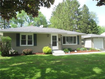 Monroe County Single Family Home A-Active: 100 Meadowdale Drive