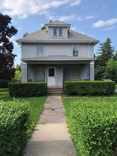 Orleans County Single Family Home C-Continue Show: 301 East Avenue