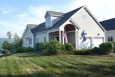 Canandaigua NY Single Family Home A-Active: $414,900