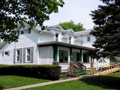 Waterloo Single Family Home C-Continue Show: 36 Center Street