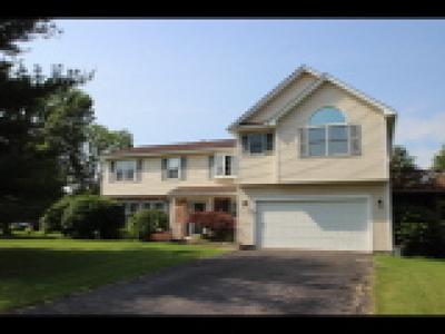 Farmington Single Family Home A-Active: 1416 Creek Pointe