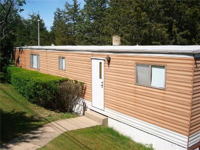 Cayuga County, Monroe County, Ontario County, Seneca County, Yates County Single Family Home A-Active: 37 Red Cedar Lane