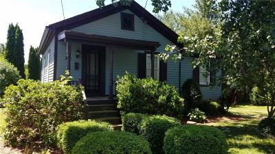 Single Family Home U-Under Contract: 2 1/2 East Union Street