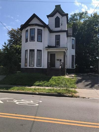 Monroe County Multi Family 2-4 A-Active: 113 Clifford Avenue