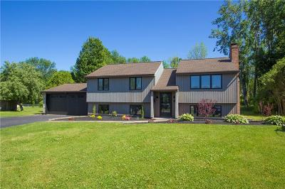 Monroe County Single Family Home C-Continue Show: 52 Thistlewood Circle