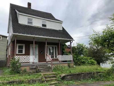 Jamestown Single Family Home A-Active: 509 Monroe Street