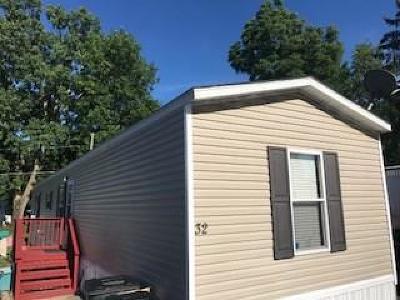Single Family Home A-Active: 405 Lakeshore Drive