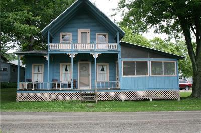 Single Family Home A-Active: 17301 Paradise Street