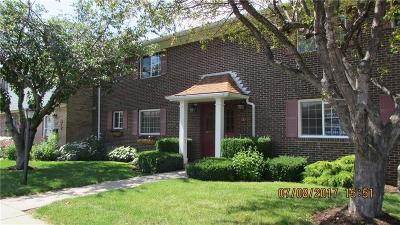 Canandaigua-City Condo/Townhouse A-Active: 111d Holiday Harbour