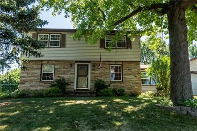Monroe County Single Family Home A-Active: 154 Lyncourt Park