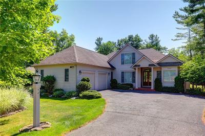 Canandaigua NY Single Family Home A-Active: $489,000
