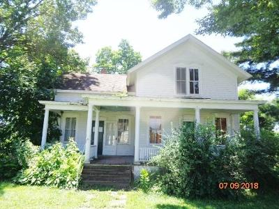 Single Family Home Sold: 227 Oak Street