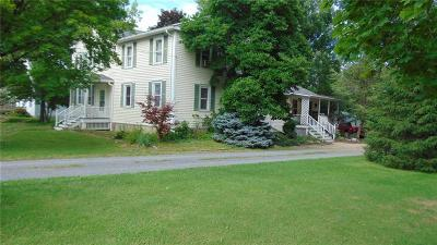 Fayette NY Single Family Home A-Active: $169,900