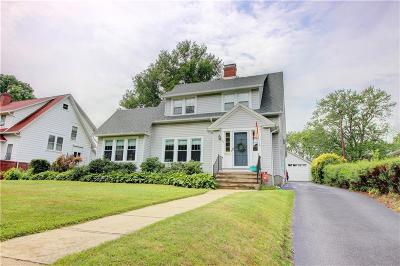 Single Family Home A-Active: 48 Maxwell Avenue