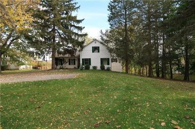 Canandaigua NY Single Family Home A-Active: $159,900
