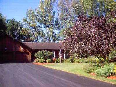 Monroe County Single Family Home A-Active: 475 Marblehead Drive