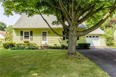 Webster Single Family Home A-Active: 27 Pierce Street
