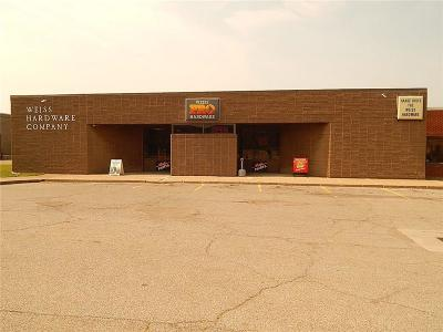 Dunkirk Commercial A-Active: 305 Main Street