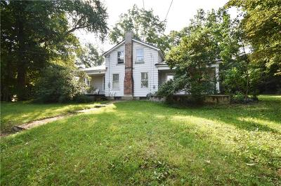Single Family Home A-Active: 113 East Main Street