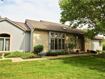 Pittsford Condo/Townhouse A-Active: 50 Tobey Court