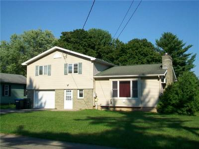 Single Family Home A-Active: 1336 Summit Drive