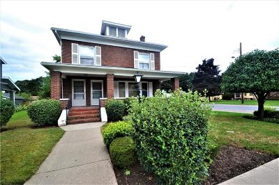 Single Family Home A-Active: 918 North Main Street