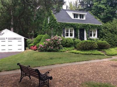 Webster Single Family Home C-Continue Show: 1005 Maple Drive #W