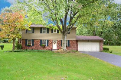 Fairport NY Single Family Home A-Active: $229,900