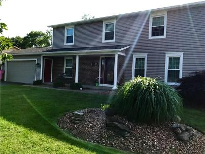 Rochester Single Family Home A-Active: 25 Olde Tavern Circle