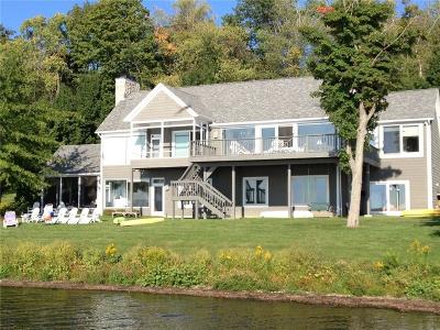 Ashville, Bemus Point, Celoron, Chautauqua, Chautauqua Institution, Dewittville, Gerry, Greenhurst, Jamestown, Lakewood, Maple Springs, Mayville Single Family Home A-Active: 44 Shore Drive