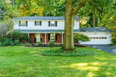 Pittsford Single Family Home A-Active: 7 Gladbrook Road