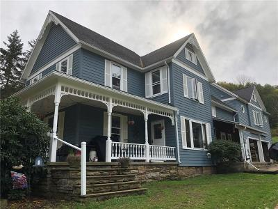 Single Family Home A-Active: 747 Lippert Hollow Road